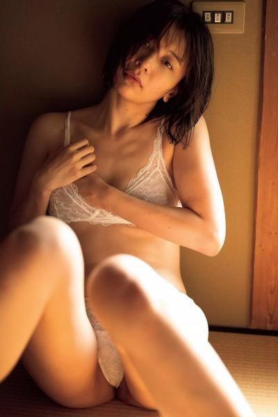 Mami Yamasaki 山崎真実, FLASH 2020.05.12-19 (フラッシュ 2020年5月12-19日号)