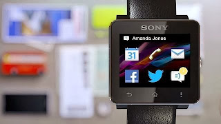 SmartWatch 2 messaging function in action.