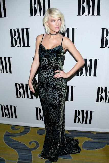 Singer-Songwriter(Country, pop),@ Taylor Swift in Monique Lhuillier - BMI Pop Awards in LA