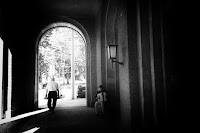 http://fineartfotografie.blogspot.de/2016/09/street-photography-berlin-accordion.html