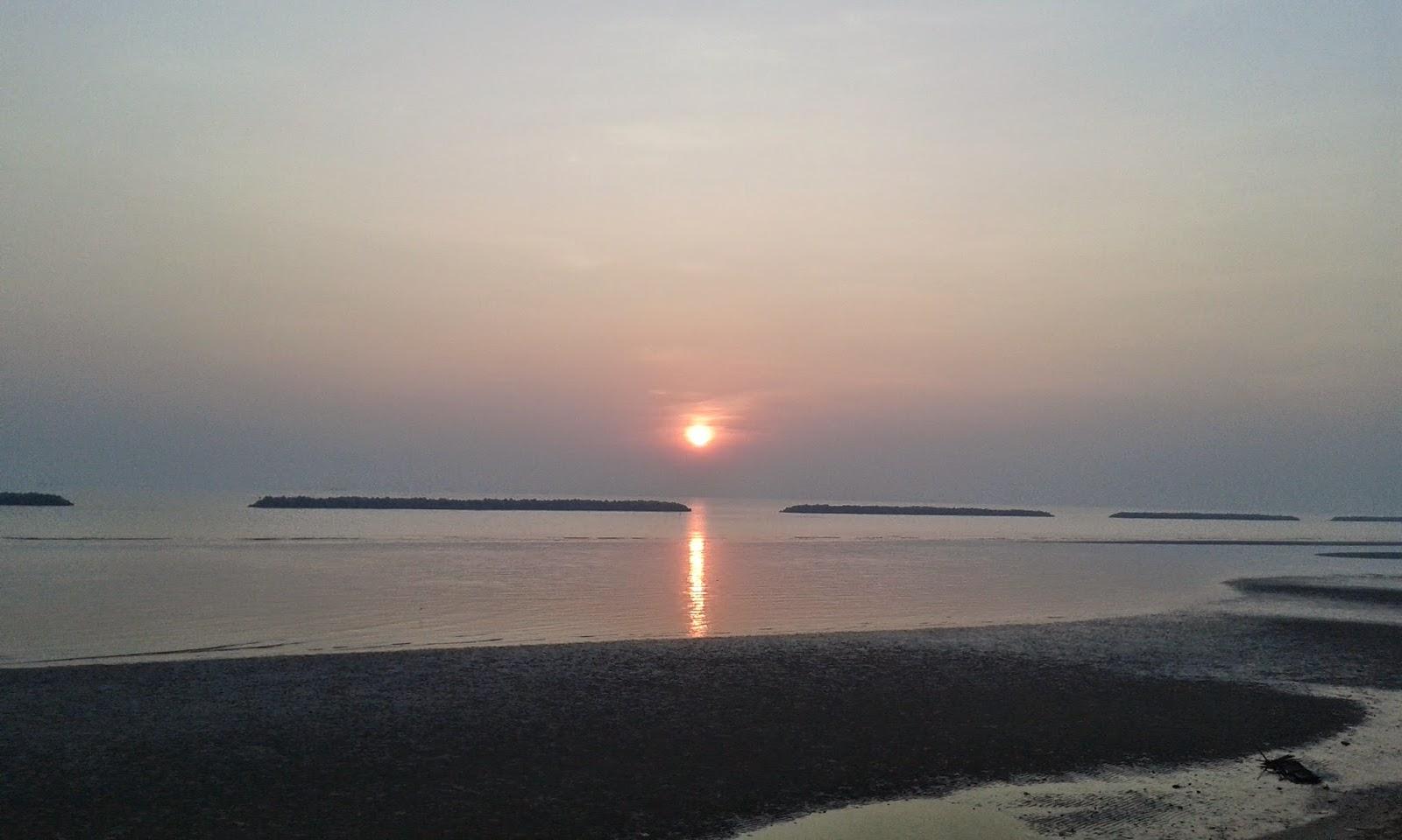 Pantai Pasir Padi Pangkalpinang
