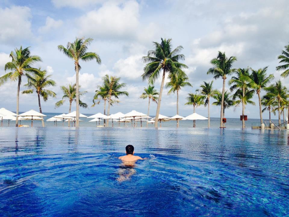 Phú Quốc rất đẹp, có lắm hồ bơi trong resort