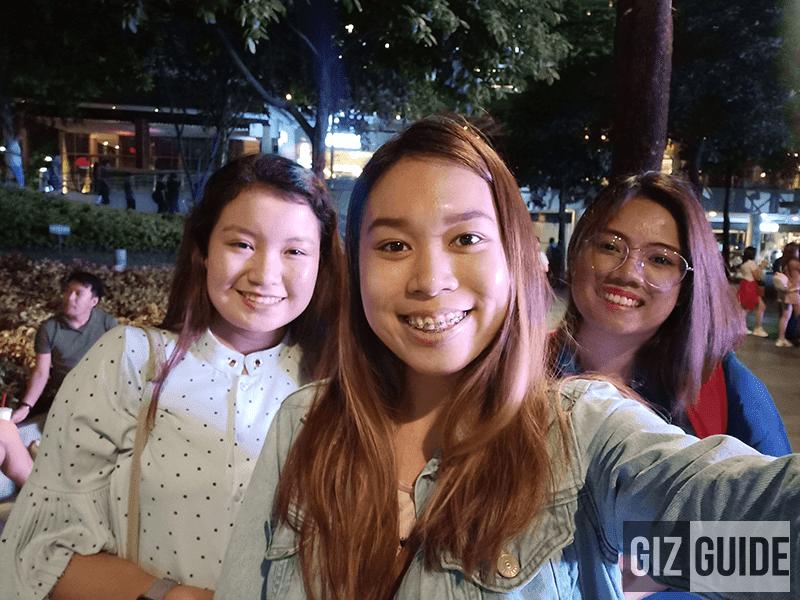 Selfie lowlight F7