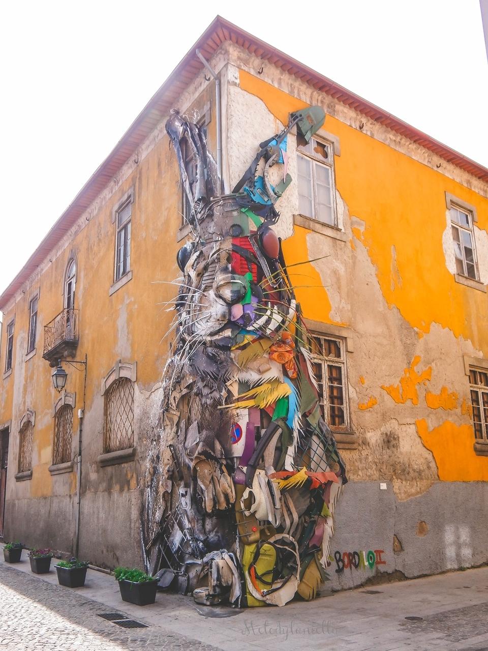 6 Half Rabit by Bordalo II in Vila Nova de Gaia-2  co zobaczyć w Porto w portugalii ciekawe miejsca musisz zobaczyć top miejsc w porto zabytki piękne uliczki miejsca godne zobaczenia blog podróżniczy portugalia melodyla