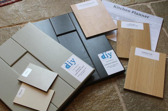 DIY-Kitchens door and carcass samples