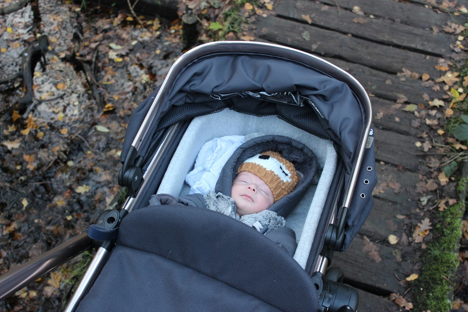 Maisy Meow Lifestyle and Parenting Blog | Good Inexpensive Pram Review Mothercare orb