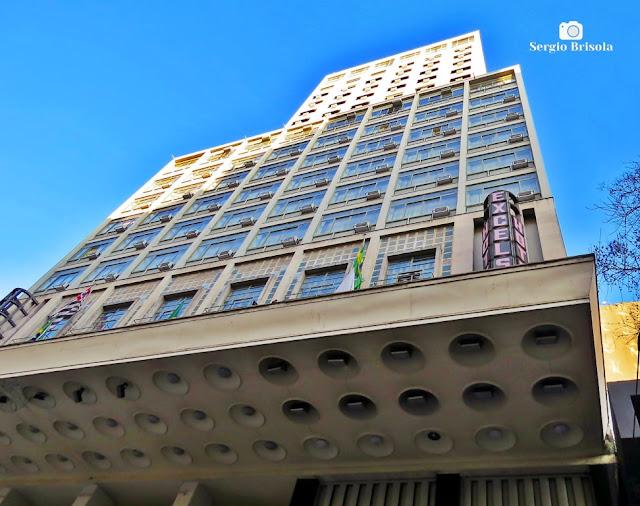 Perspectiva inferior do Hotel Excelsior Ipiranga - Republica - São Paulo