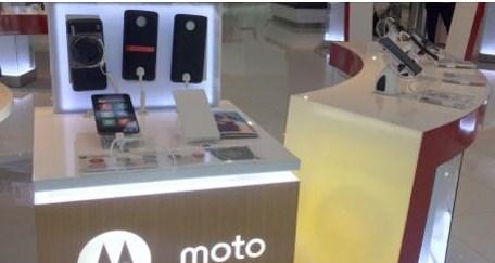 "Bonus Kuota Pembelian Paket Bundling Smartfren ""Smartphone Moto Z dan Moto Z Play"""