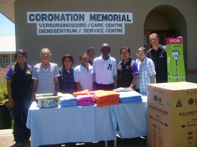 Hollywoodbets Oudtshoorn with their donations to Coronation Memorial - Social Responisiblity
