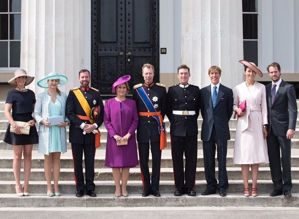 Grand Duke Henri, Grand Duchess Maria Teresa, Prince Guillaume, Princess Stephanie, Prince Felix, Princess Claire, Princess Alexandra