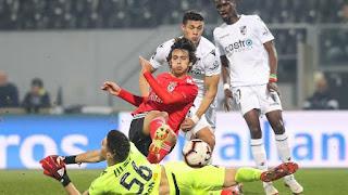 6fba314e24bec O Blog do David: Eficácia total do Benfica frente a V. Guimarães que ...