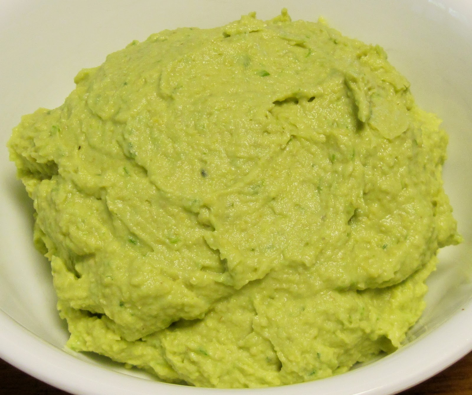 Carolina Sauce Company: Zesty Avocado-Garlic Hummus