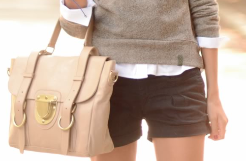 Shorts in autumn can work with the right layers on top....