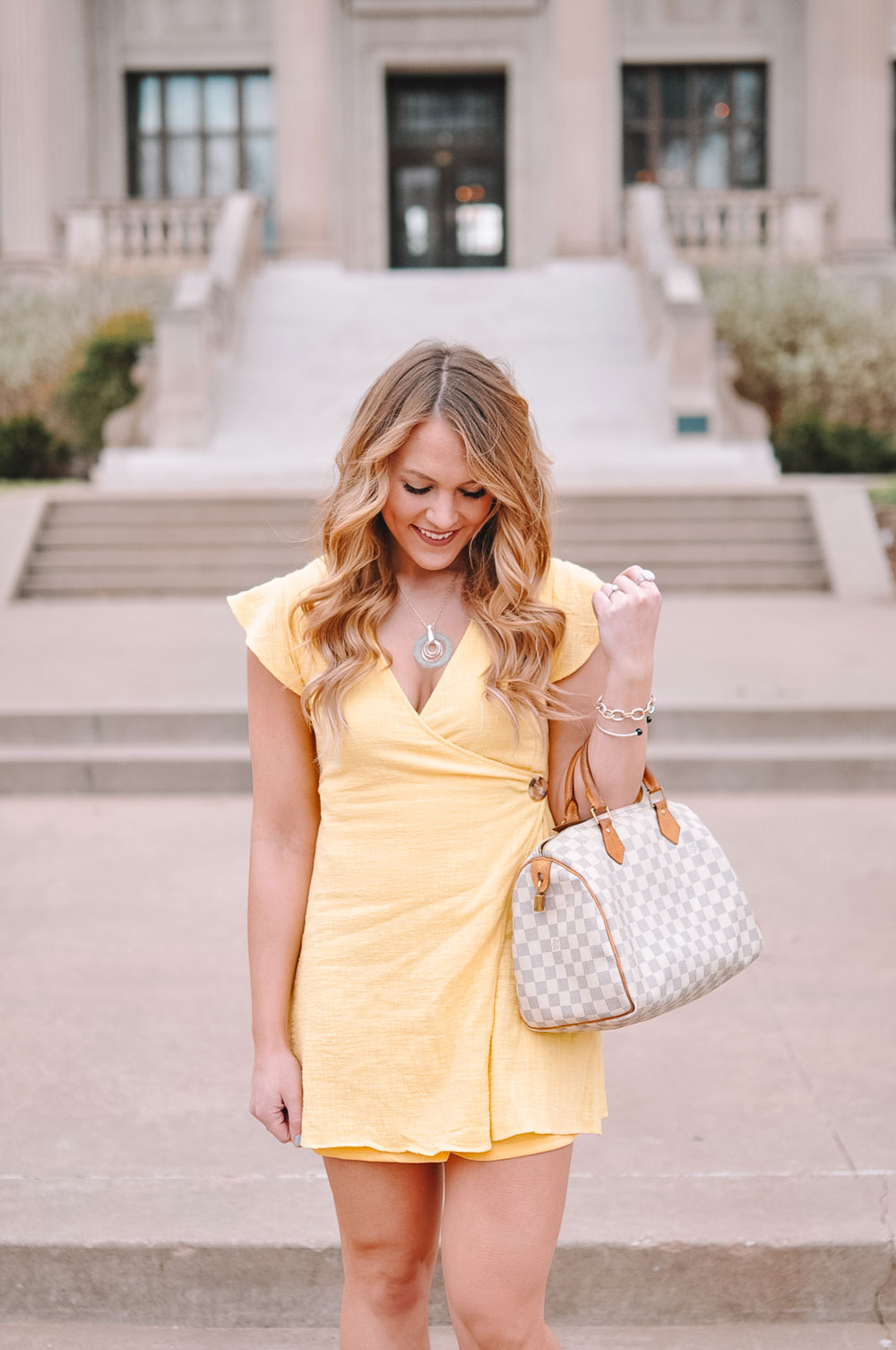 Oklahoma City blogger Amanda Martin shares ideas on what to wear for Easter