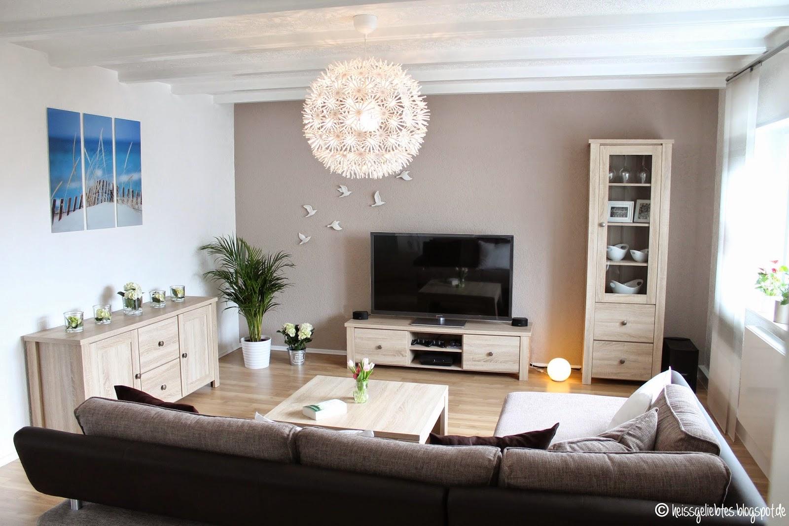 heissgeliebtes zimmerschau das wohnzimmer. Black Bedroom Furniture Sets. Home Design Ideas