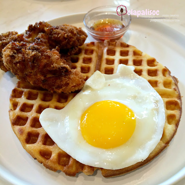 Chicken and Waffles from Sunnies Cafe