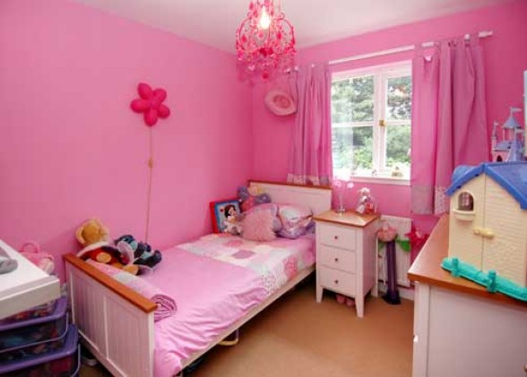 Cute pink room designs for girls teens modern house for Kitchen cabinet trends 2018 combined with wall art for baby girl room