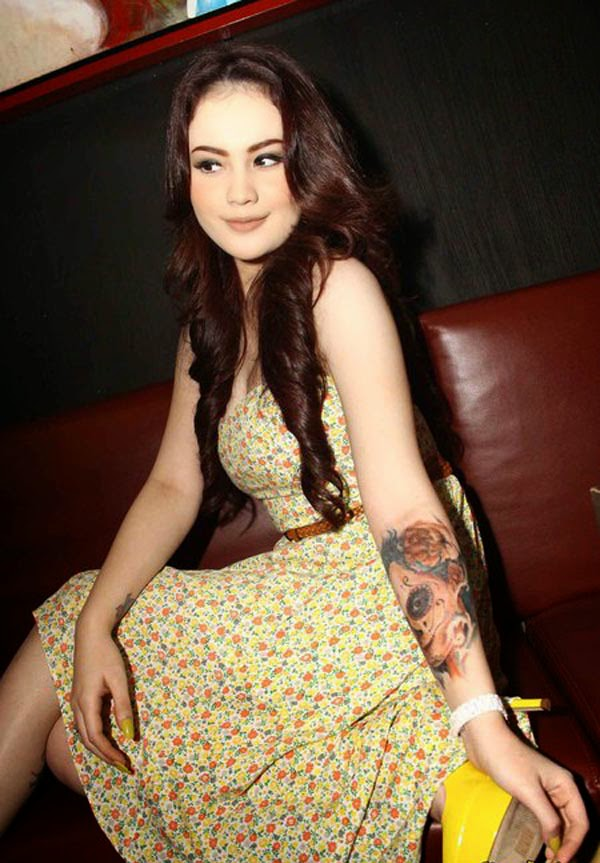 beautiful woman tattoo Indonesia