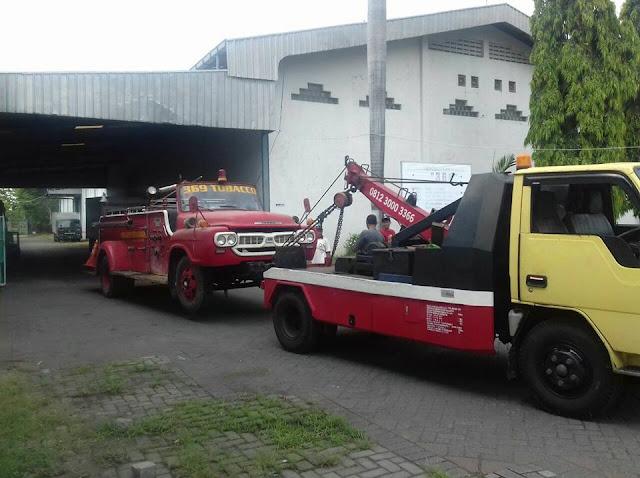 Mobil Derek Surabaya Timur