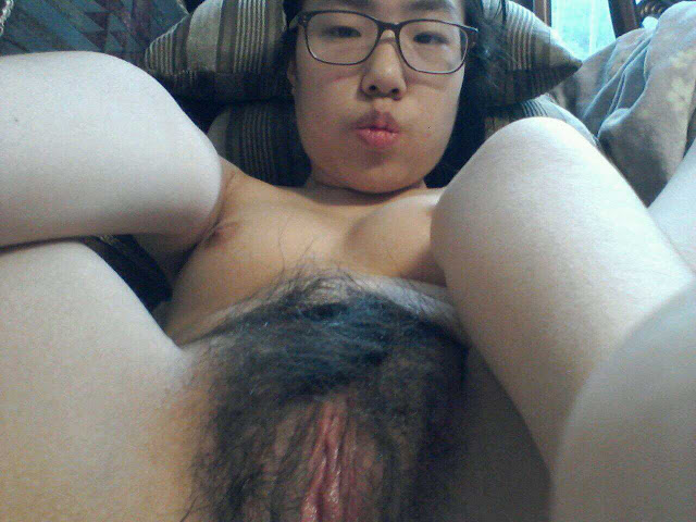 Really cute asian chick gets banged by bbc 8