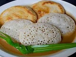 Serabi dengan Saus/kuah Durian