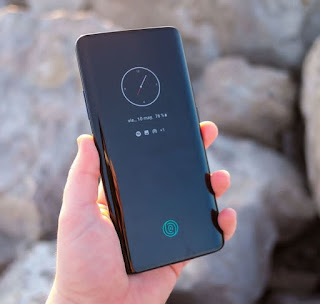 OnePlus 7 Pro हुआ भारत में लॉन्च, दुनिया का सबसे तेज चलने वाला स्मार्टफोन ! , Oneplus 7 Pro specifications and price