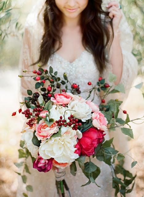 Trendy ślubne 2017, Oprawa florystyczna ślubu i wesela, Modny Ślub i Wesele, Kwiaty do ślubu 2017, Modne bukiety ślubne 2017, Dekoracje kwiatowe na Wesele, Ślub i wesele 2017,