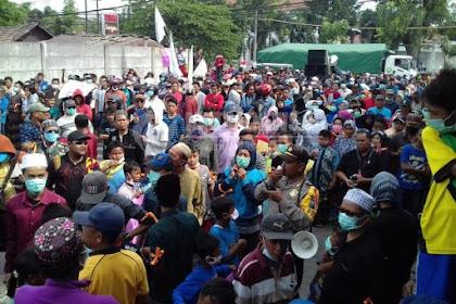 Timbulkan Bau Busuk, Warga Lima Desa di Gresik Demo Pabrik Jebe KOKO