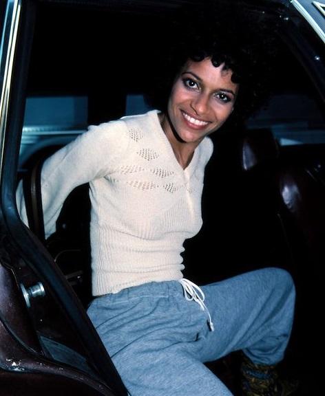 Kids From Fame Media: Happy Birthday Debbie Allen