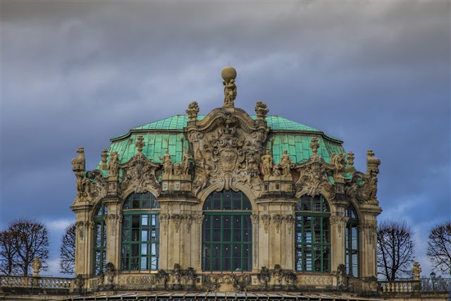 zwinger palace dresden saxony guide
