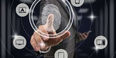 Utilizzare le impronte digitali o altri sistemi biometrici per stanare i furbetti del cartellino