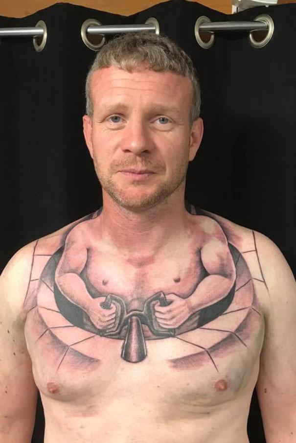 10 tatuagens más... muito más