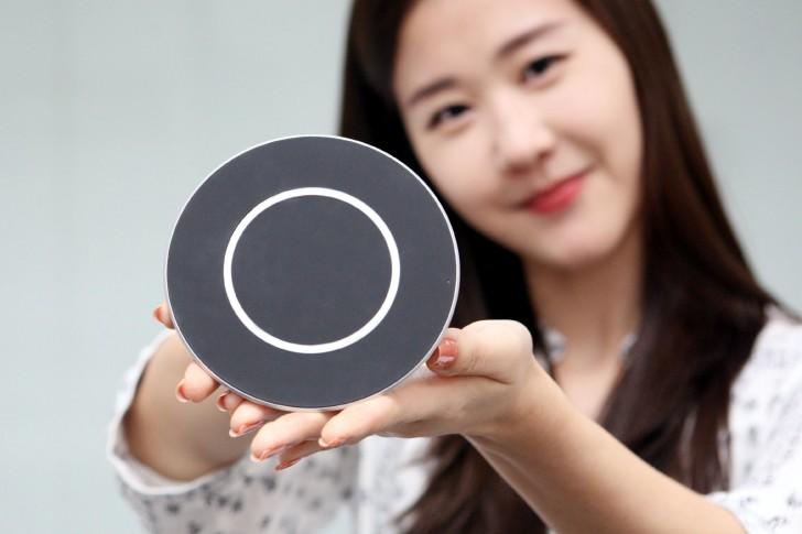 Informasi Teknologi - Charger LG 15W