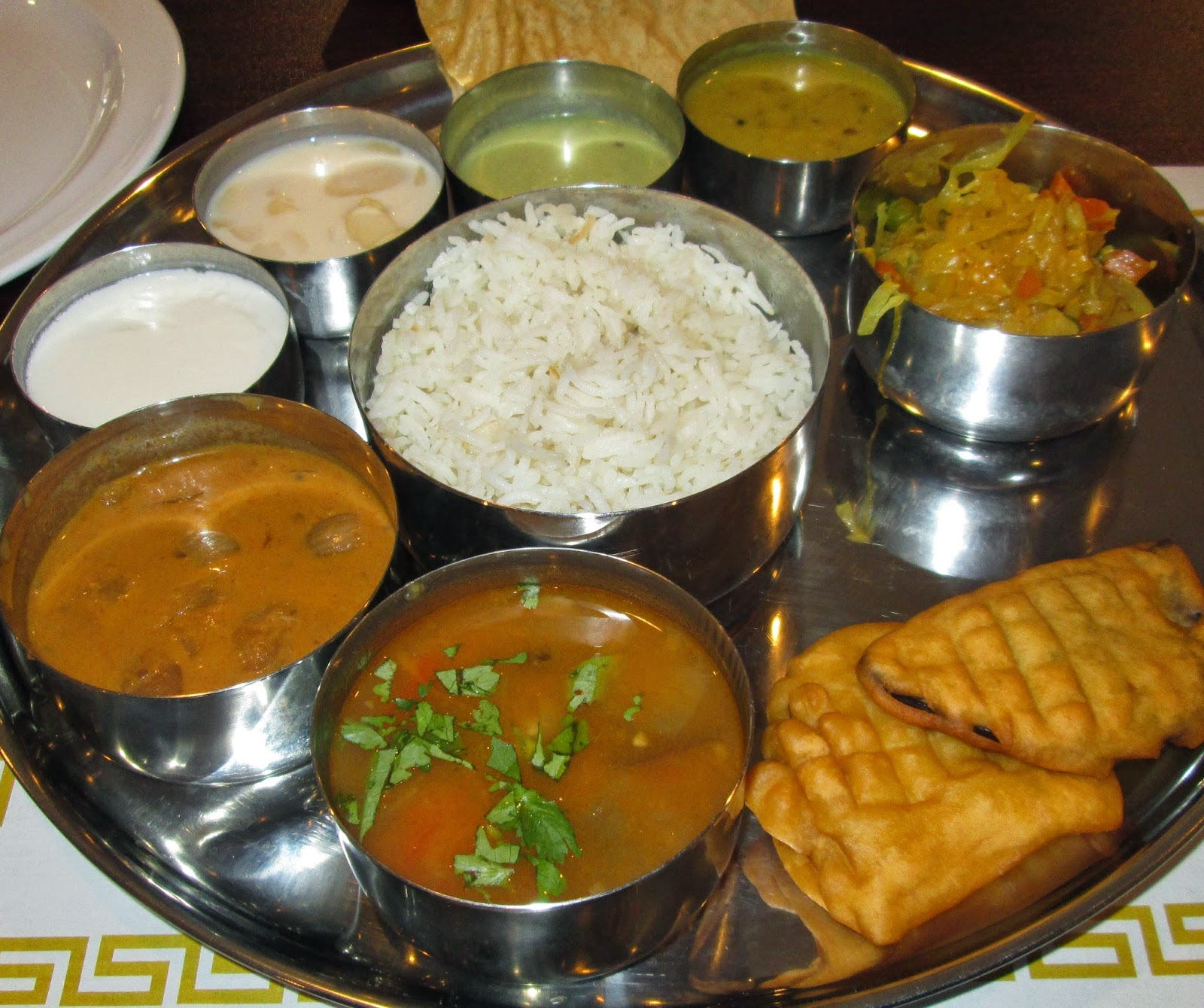 Chili bob 39 s houston eats yaal tiffins south indian cuisine for Abhiruchi south north indian cuisine