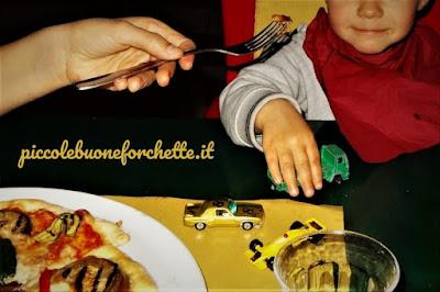 foto Andare al ristorante con un bambino