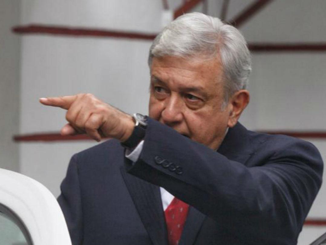 López Obrador recibe de trasnacionales propuestas para nueva refinería y reactivaciones