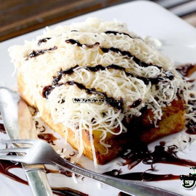 15 Resep Roti Bakar Special Enak (Coklat, Keju, Strawberry
