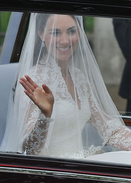 Sammis Blog  So here it is The Royal Wedding was today and Kate Middletons Dress was