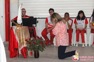 Colégio Santa Joana D'Arc celebra o dia de Nossa Senhora de Fátima (13/05)