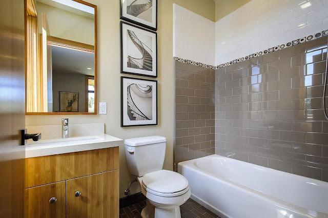 Modern bathroom in the Contemporary Style Home in Burlingame