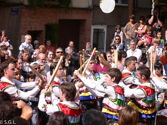 Baile danza de los zancos. Anguiano. La Rioja.