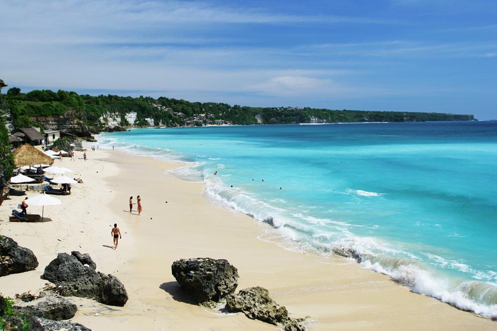 Enlightone: Dreamland Beach In Uluwatu