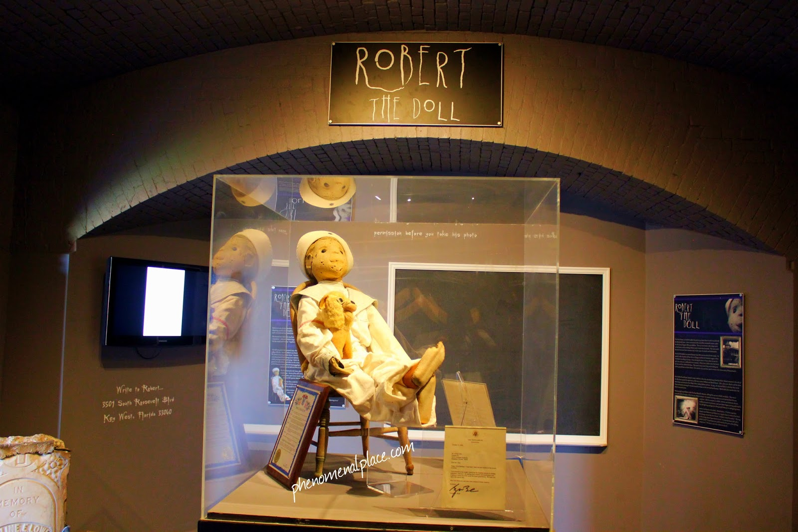 Robert The Doll - Hurting People For Over A Century ...