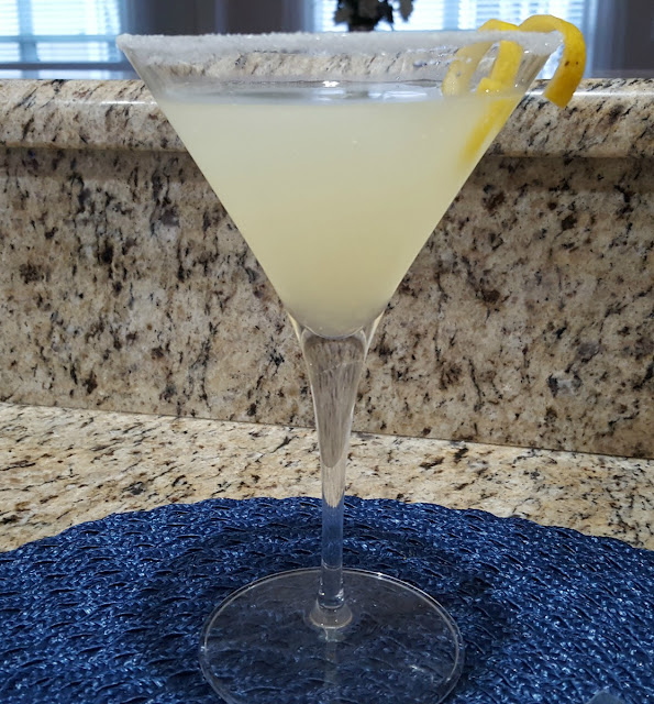 A Four Ingredient Lemon Drop Martini