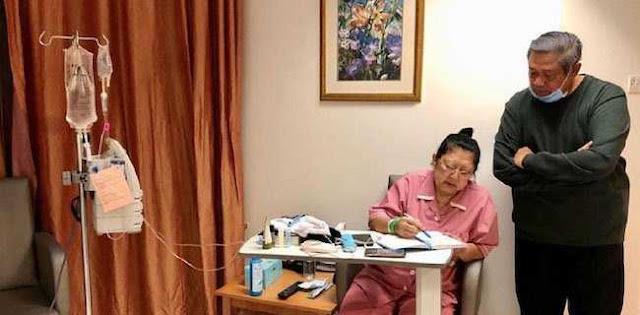 Seharusnya Jokowi Tiru SBY Yang Perhatian Pada Istri
