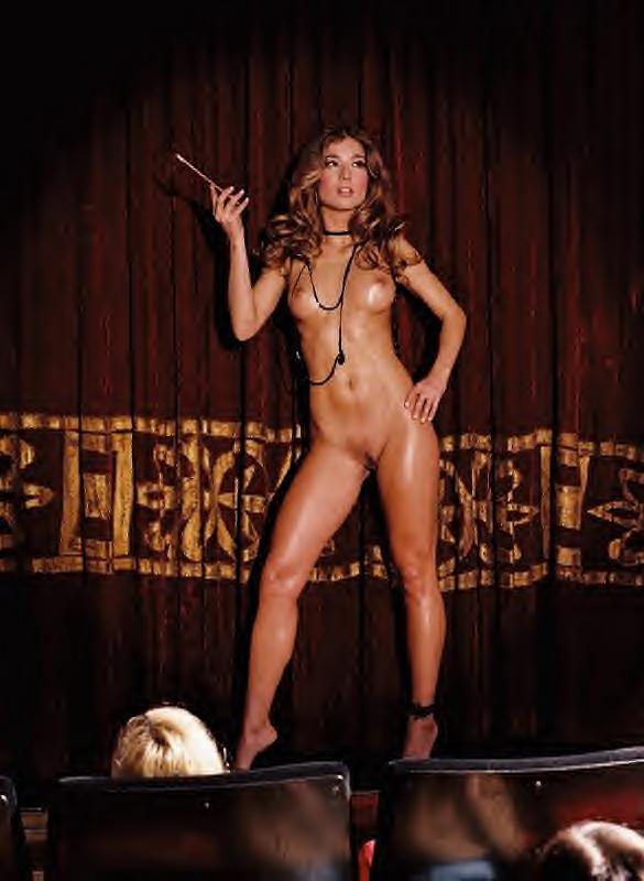 Free vintage burlesque dancer nude