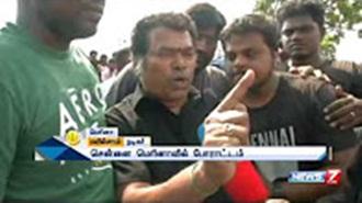 Actor Mayilsamy participates in Jallikattu protests at Chennai