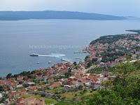 katamaran Jadrolinija Jelsa – Bol – Split slike otok Brač Online