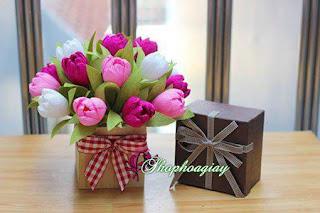 Ngày 8-3 nên tặng gì cho mẹ và bạn gái