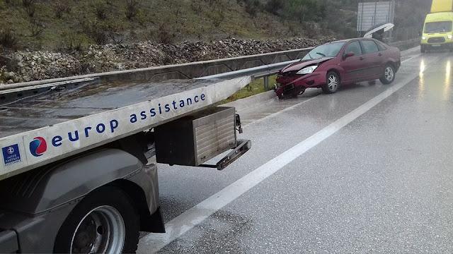 Ηγουμενίτσα: Τροχαίο ατύχημα πριν λίγο στην Εγνατία Οδό (+ 3 ΦΩΤΟ)